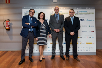 Cena-Fotocall-34-4-Congreso-Ciudades-Inteligentes-2018