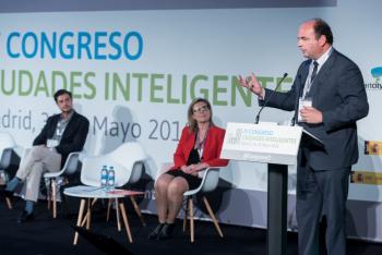FranciscoJ-Garcia-RED-2-Clausura-4-Congreso-Ciudades-Inteligentes-2018