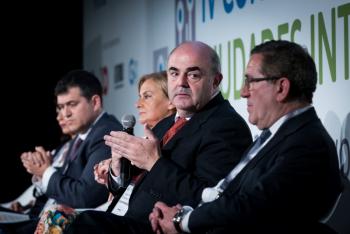 JM-Fernandez-Junta-Andalucia-1-Mesa-Redonda-4-Congreso-Ciudades-Inteligentes-2018