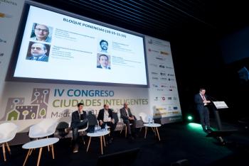 Jose-Bayon-Ayuntamiento-Segovia-1-Ponencia-4-Congreso-Ciudades-Inteligentes-2018