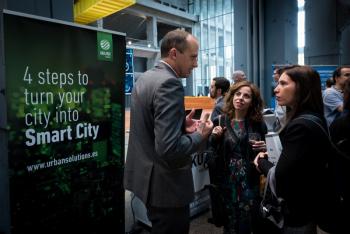 Stands-1-Comida-Networking-4-Congreso-Ciudades-Inteligentes-2018