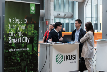 Stands-11-Comida-Networking-4-Congreso-Ciudades-Inteligentes-2018
