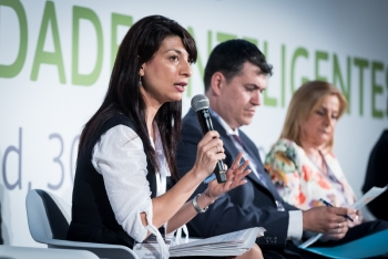 Isabel-Bombal-Ministerio-Agricultura-2-Mesa-Redonda-4-Congreso-Ciudades-Inteligentes-2018