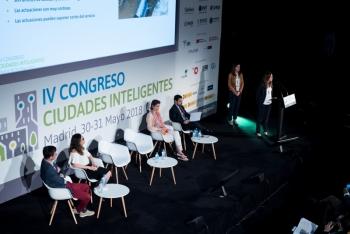 Lucia-Perez-Hidrobal-1-Ponencia-4-Congreso-Ciudades-Inteligentes-2018