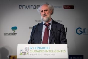 Luis-Cueto-Ayuntamiento-Madrid-3-Inauguracion-4-Congreso-Ciudades-Inteligentes-2018