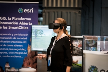 Punto-Encuentro-ESRI-2-4-Congreso-Ciudades-Inteligentes-2018