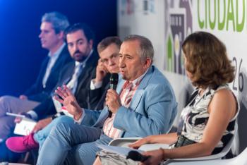 Antonio-Vivero-Ayto-Vigo-1-Mesa-Redonda-5-Congreso-Ciudades-Inteligentes-2019