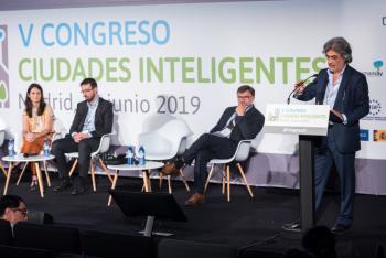 Fancisco-Javier-Huesa-Ayto-Sevilla-2-Ponencia-5-Congreso-Ciudades-Inteligentes-2019