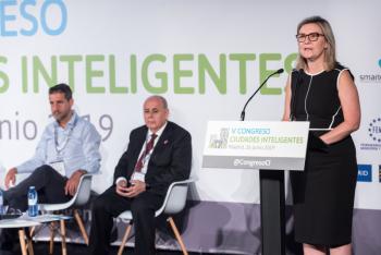 Ines-Leal-Grupo-Tecma-Red-2-Inauguracion-5-Congreso-Ciudades-Inteligentes-2019