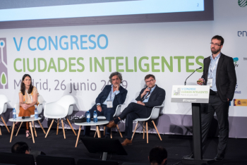 Javier-Berdonces-Accenture-1-Ponencia-5-Congreso-Ciudades-Inteligentes-2019