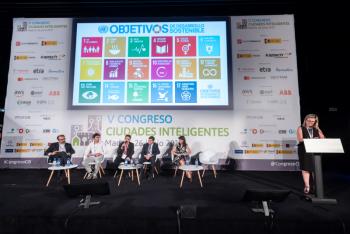 Juan-Carlos-Abascal-Ayo-Ermua-1-Mesa-Redonda-5-Congreso-Ciudades-Inteligentes-2019