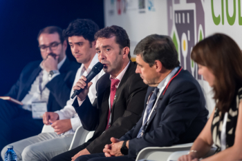 Juan-Carlos-Abascal-Ayo-Ermua-4-Mesa-Redonda-5-Congreso-Ciudades-Inteligentes-2019
