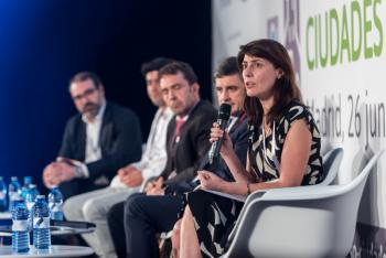 Sonia-Hernandez-Ministerio-Fomento-1-Mesa-Redonda-5-Congreso-Ciudades-Inteligentes-2019