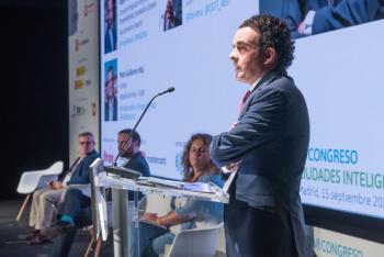 110-11-Mesa-Redonda-Moderador-Felix-Herrera-COIT-6-Congreso-Ciudades-Inteligentes-2020