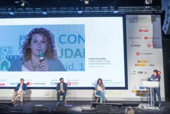 110-21-Mesa-Redonda-Cristina-Fernandez-Benicassim-6-Congreso-Ciudades-Inteligentes-2020