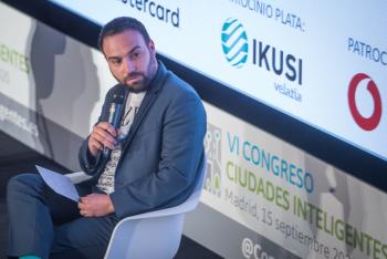 110-31-Mesa-Redonda-Angel-Nino-Madrid-6-Congreso-Ciudades-Inteligentes-2020