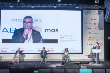 110-40-Mesa-Redonda-Pedro-Guillermo-Hita-Arganda-6-Congreso-Ciudades-Inteligentes-2020